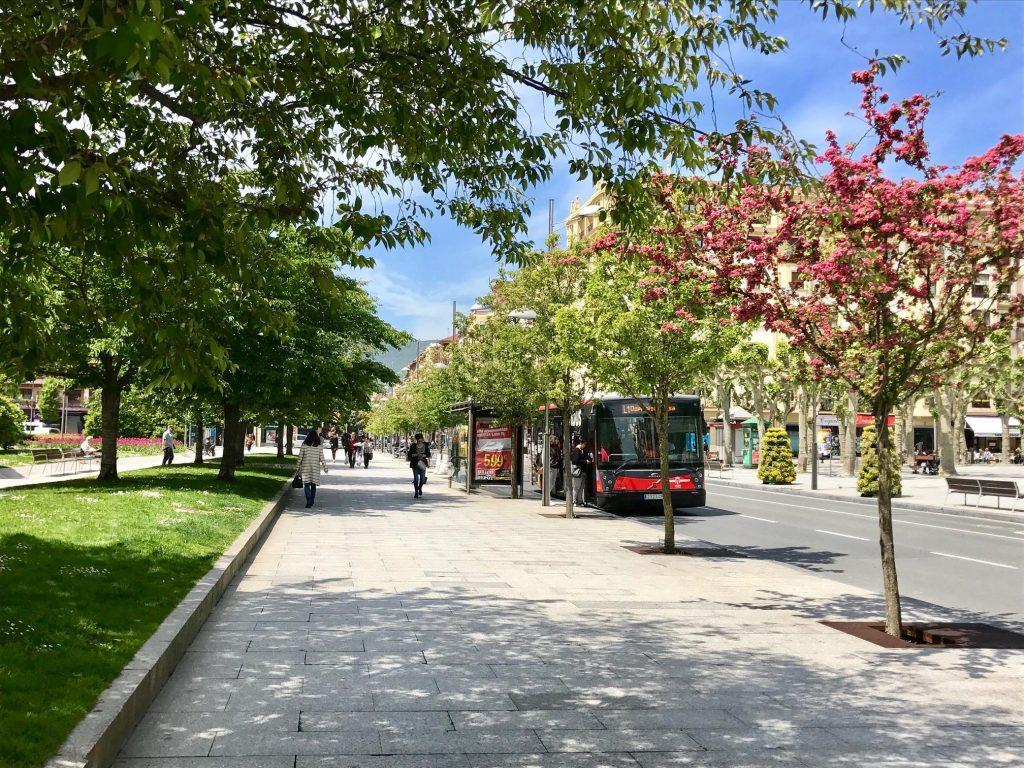 Autobuses urbanos de Irunbus en el centro de Irun